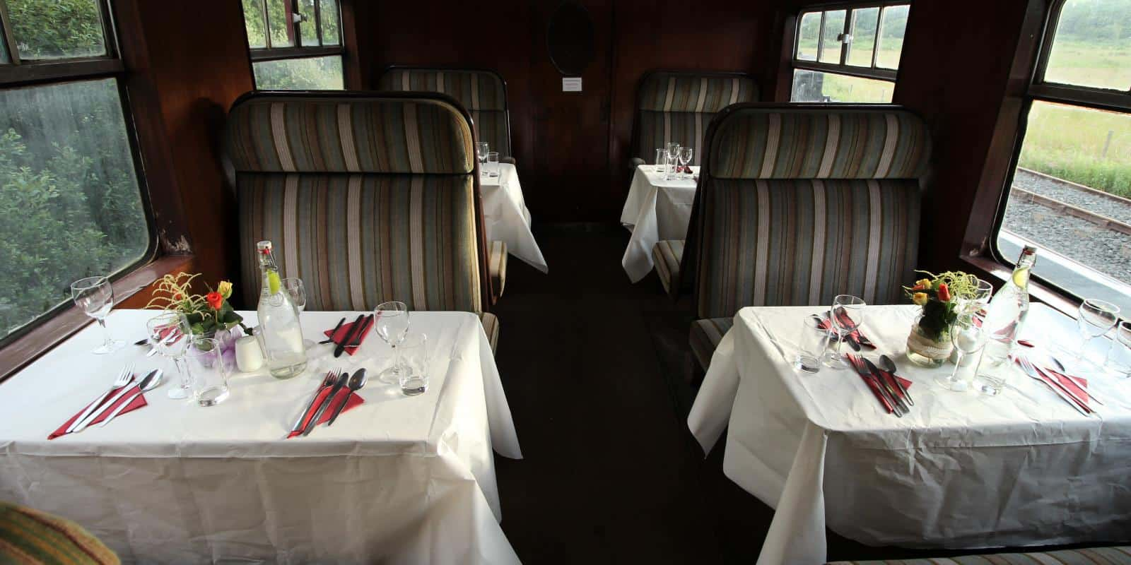 The buffet carriage, all set for a nice meal