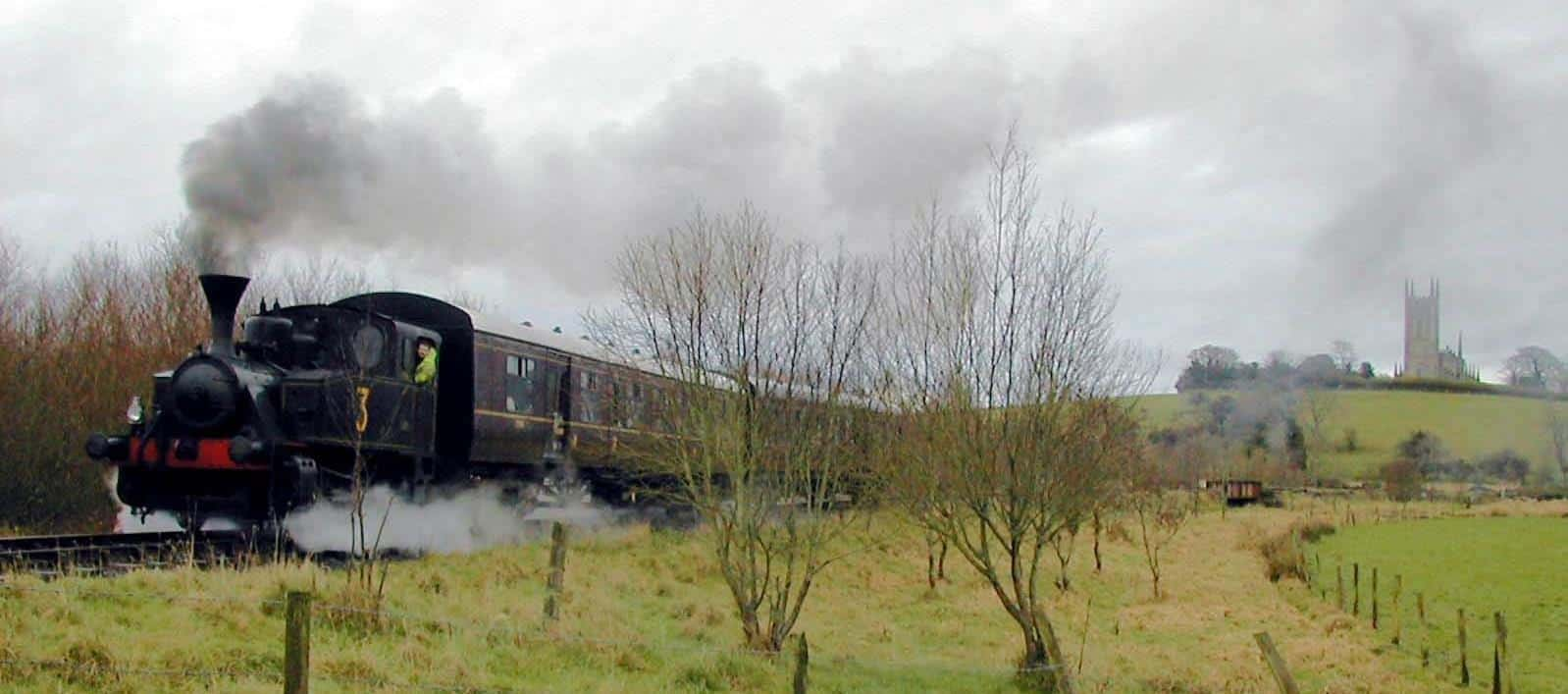 O&K No. 3 approaches the Loop Platform, with Down Cathedral in the background